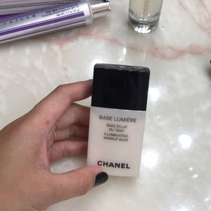 Chanel illuminating make up base/primer